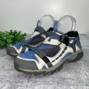 Teva Closed Toe Outdoor Sandals 7.5